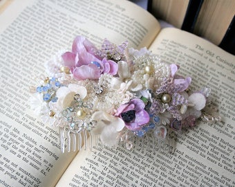 Vintage Bridal Hair Comb, Floral Hairpiece, Bridal Hairpiece, Bridal Comb, Floral Comb, Vintage Hairpiece, Vintage Bride