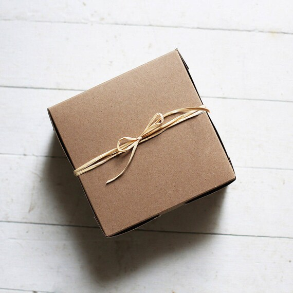 1 Sample Box - 12 x 12 x 5 inch Kraft / White reversible boxes  - Bridesmaid Gifts, Wedding Gift Packaging, White Cake Boxes