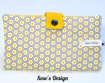 Portfolio honeycomb yellow and black graphic