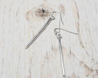 sterling silver bar drop earrings, clean lines stick drop earrings, ildiko jewelry