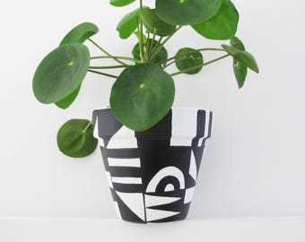 Black & White Shapes Plant Pot - 15cm