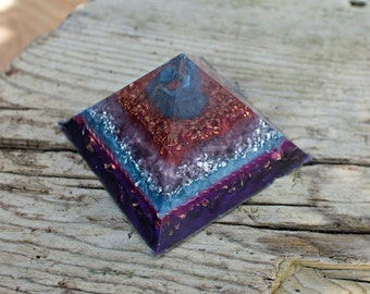 Orgone Pyramid- Clear Quartz & Selenite