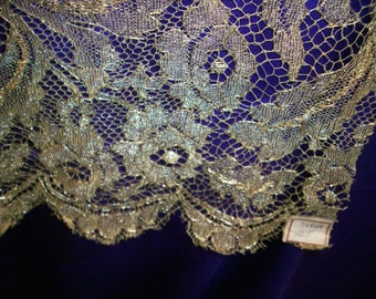 Salesman's sample Metallic dark gold lace 1920s authentic antique rose pattern