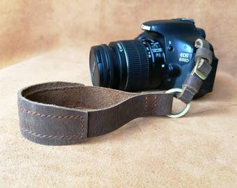 Genuine leather camera wristlet strap/vintage real leather strap/brass/ Free name stamping!/gift for someone special or for you
