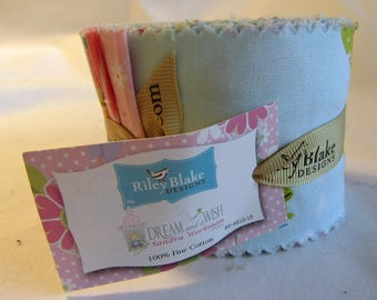 """Riley Blake Dream and a Wish Jelly Roll, 18 - 2.5"""" Precut Fabric Quilt Strips"""