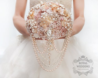 Cascading BROOCH BOUQUET. Champagne, Ivory, beige, cream broach boquet. Pearl Jeweled crystal flowers weding bridal bouquet