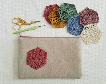 Crochet Lace and Linen Zip Pouch, Your choice color, doily clutch purse, hand crocheted doily, travel pouch, pen or pencil pouch, organizer
