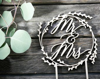 Mr. & Mrs. Wreath Wedding Cake Topper | Laser Cut Wood | Rustic Wedding Decor | Modern Calligraphy