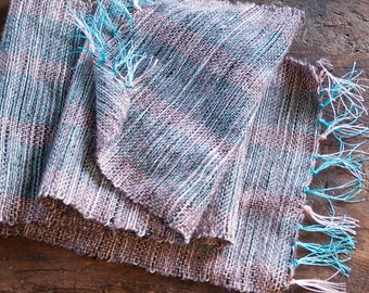 Scarf in silk and mohair. Short silk scarf. Tartan scarf in silk and mohair.