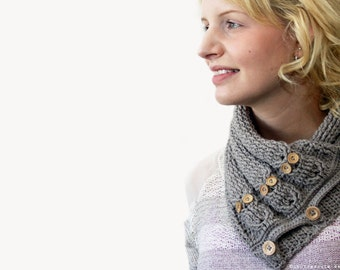 CROCHET PATTERN - Cabled Owl Neck Warmer - Instant Download (PDF)