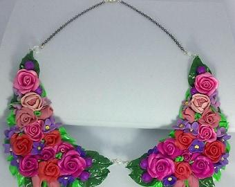 Floral handmade collar necklace