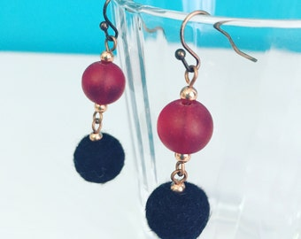 Newport Felt Earrings in Black / Garnet, Felt Balls, Statement Earring, Recycled Glass, Merino Wool, Dangle Earrings, Mom Gift, Gift for Her