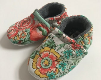 WildBloom Cotton Booties