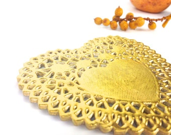 Gold Doilies. Gold Heart Doilies. Metallic doily Gold Foil doily | 4 inch Golden Lace Paper Doilies. Catering, Crafts, Gold Wedding doilies