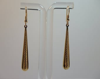 9 ct Gold Drop Earrings