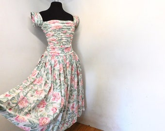 Vintage 80s 90s Pink Roses Floral Cotton Garden Party Dress Sweetheart Ruched Cap Sleeves Full Skirt XS S Small