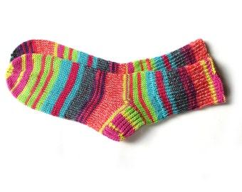 Bunte Frauen Wolle stricken Socken, kuschelige Handgestrickte Socken für Frauen