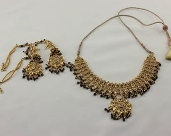 Indian Style Fashion Goldplated Necklace and Earings