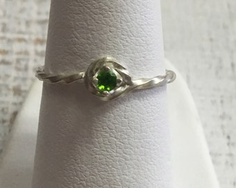 Green Tourmaline Argentium Sterling Silver Ring. Size 5.25
