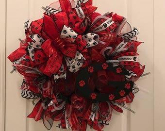 University of Georgia Bulldogs Football Wreath, Georgia Decor, Football Season Decor, Bulldogs Party Wreath, Black Glitter Dog Bones