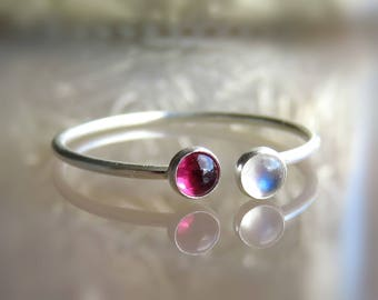 Rainbow Moonstone Silver Ring // Moonstone and Garnet RING // Moonstone Stacking Ring // Dual Ring ///