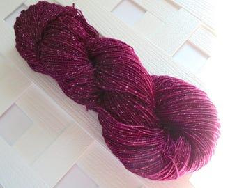 BURGUNDY ROSE Sparkly Merino Sock Yarn, Indie-Dyed Yarn, Rose Yarn, Tonal Yarn, Handdyed Yarn, Gift for Knitter, Superwash Merino, Fingering