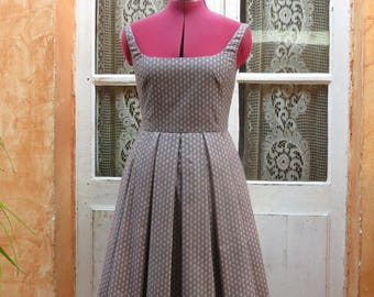 Vintage fifties cut dress