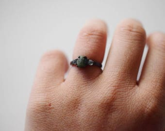 Unique Natural Raw Emerald Ring Raw Sapphire Engagement Ring Rough Emerald and Sapphire Wedding Band
