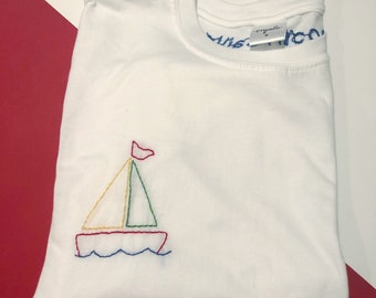 Omalo - Hand Embroidered White Tee-Shirt - Smooth Sailing (Blue) - M