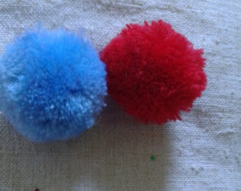 set of 2 red and blue tassels, cashmere, 35 mm