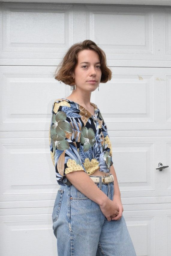 Tropical Rayon Short Sleeve Blouse.