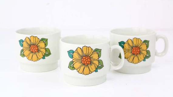 """Weidmann porcelain """"Prodottie italiano"""" retro coffee cups with floral motif vintage pottery"""