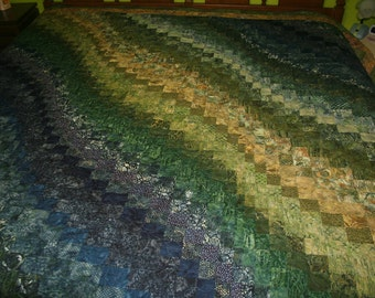 Bargello Quilt in Green and Blue color scheme; king or queen size