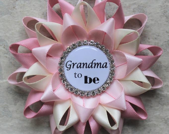 Grandma to Be Pin, New Grandma Gift, Nana to Be, Baby Shower Corsage, Abuelita, Abuela, Nonna, Mimi, Mommy to Be, Pale Pink, Quartz, Ivory