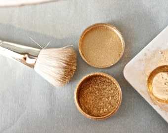 PLEASE read notes before buying* non toxic gold dust for decorations. 10gr.