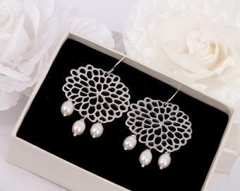 Freshwater Peral Matte Silver Filigree Earrings