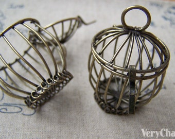 1 pc of Antique Bronze Fancy 3D Wired Bird Cage Pendant  30x43mm A149