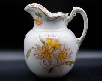 Maddock's Lamberton Porcelain Water Pitcher, Day Lilies, Trenton, NJ, USA, c. 1915
