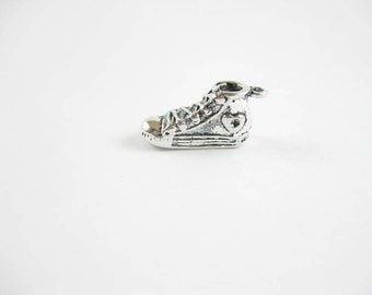 BULK - 25 Sneaker Charms in Silver Tone - C2131