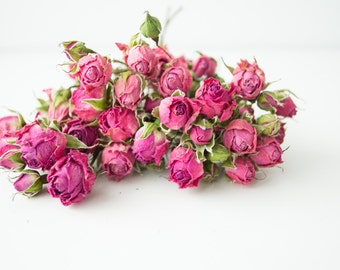 Bouquet, pink roses, interior decoration, natural material