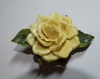 Vintage Plastic Yellow Rose Brooch, Pin, Rose Flower, Soft Yellow Rose, Roses, Mothers Day Rose
