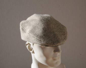 Man cap for winter in ecru and grey herringbone wool, size S, M, L, XL