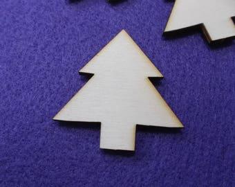 6 fir trees, wood, 4 x 4 cm (24-0029B)