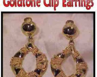 Vintage 1980's Gold Tone Clip Earrings * U2597 Big, Bold and Dangly!