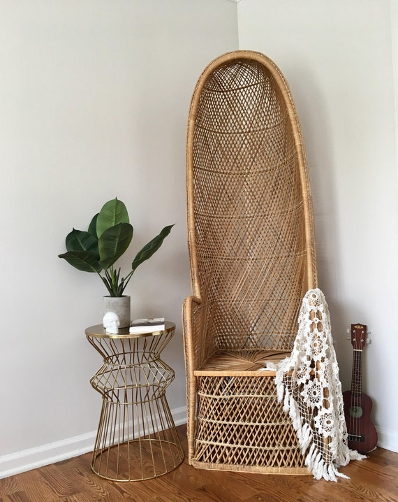 Good Vintage Woven Wicker Canopy Chair