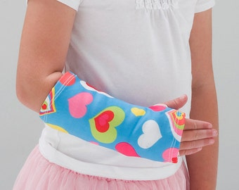 """Arm Cast Cover in """"Happy Hearts"""""""