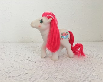 CHERRY TREATS, My Little Pony, vintage G1 My Little Pony, Friendship is Magic
