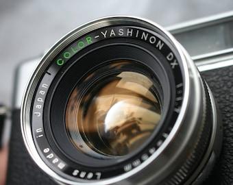 Yashica Electro 35 Range finder camera 45mm F1.7  Prime Lens