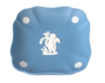 Wedgwood Seasons Blue Jasperware Square Tray, White Relief Summer Cherub on Pale Blue Jasper 4-1/4-Inch Square Tray / Blue Jasper Tray