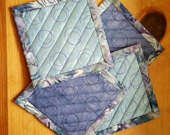 Quilted Coaster Set - in Gray and Plum Graphics